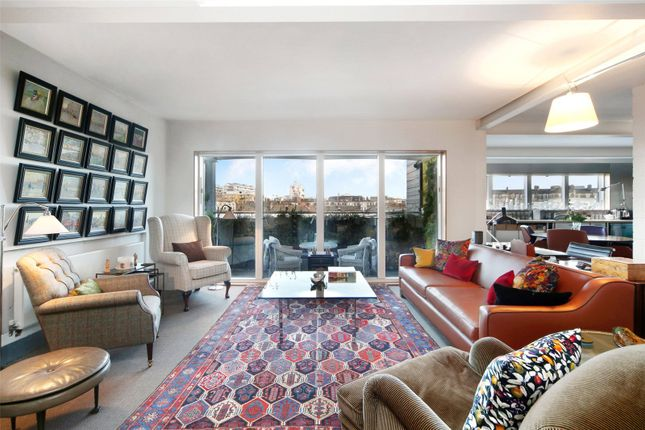 Thumbnail Flat for sale in Tanner Street, London