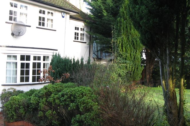 Thumbnail Detached house to rent in Radlett, Hertfordshire