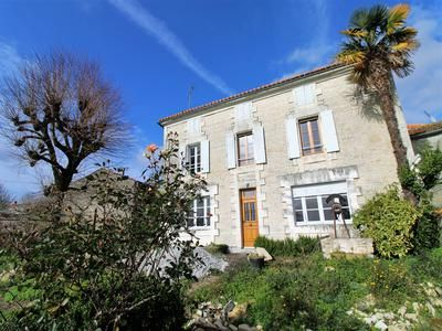 Property for sale in Jauldes, Charente, France