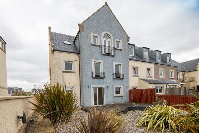 Thumbnail End terrace house for sale in Harbourside, Inverkip, Greenock