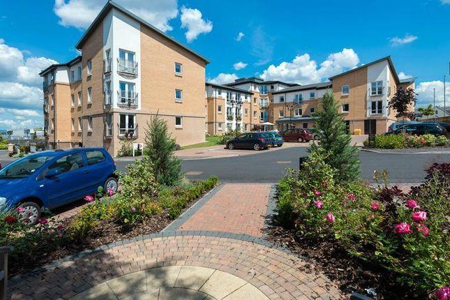 Thumbnail Flat for sale in 21 Hilltree Court, 96 Fenwick Road, Giffnock