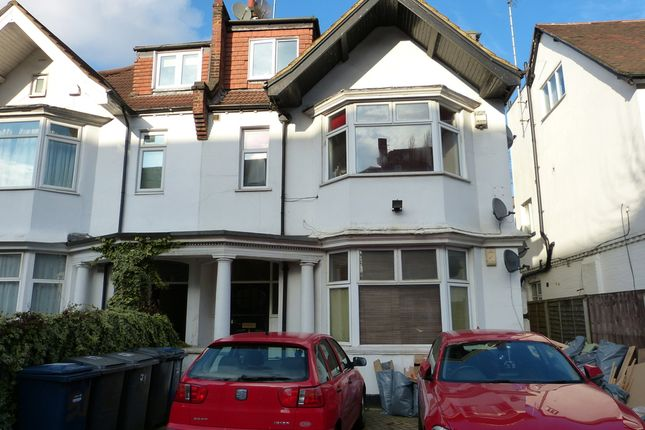 Thumbnail Property to rent in North End Road, Golders Green, London