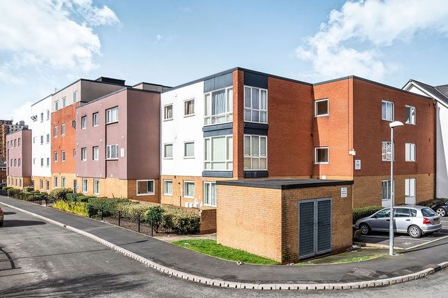 Thumbnail Flat to rent in New Devonshire Square, Salford