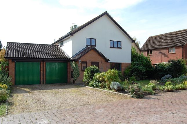 4 bed detached house for sale in Broomfield Mews, Martlesham Heath