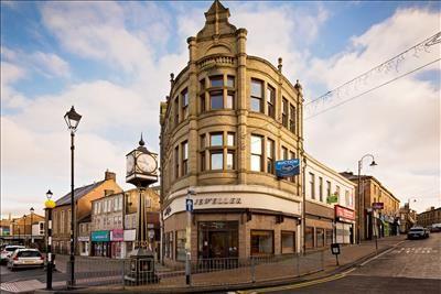 Thumbnail Retail premises to let in 32-34 Blackburn Road, Accrington, Lancashire