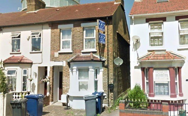 Thumbnail Flat to rent in Queens Road, Southall