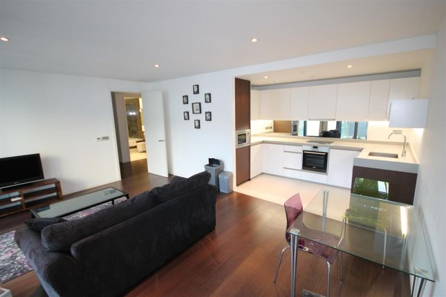 2 bed flat to rent in Baltimore Wharf, Canary Wharf