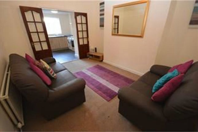 Terraced house to rent in Hylton Road, Nr City Campus, Sunderland, Tyne And Wear