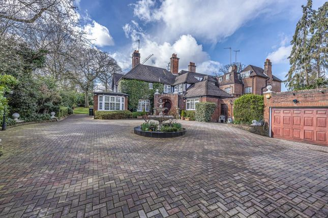 Thumbnail Semi-detached house for sale in The Bishops Avenue, Hampstead