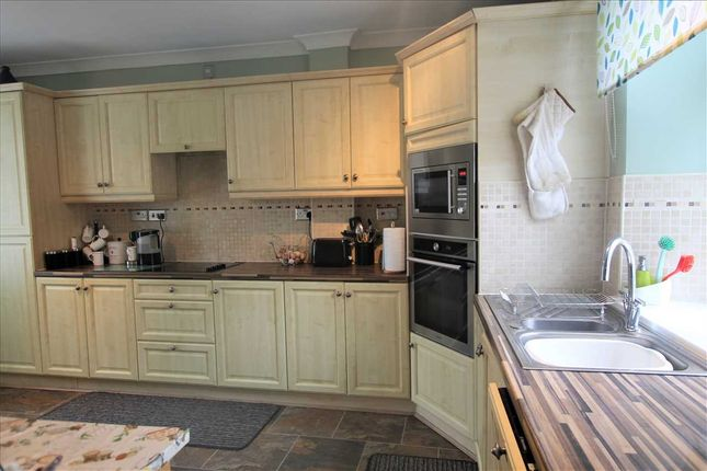 Kitchen Image 2 of Treorchy CF42