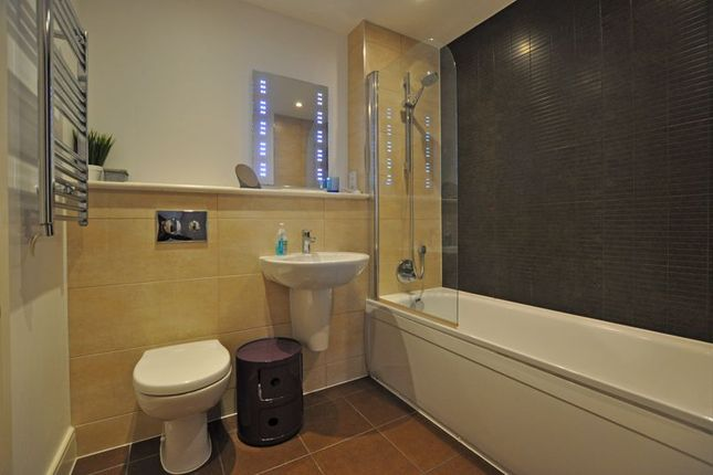 Photo 12 of Stunning Modern Apartment, Usk Way, Newport NP20