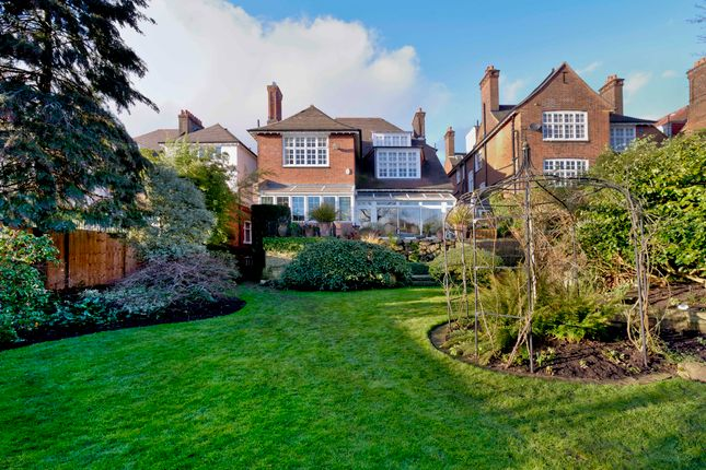 Thumbnail Detached house for sale in Oakhill Avenue, London