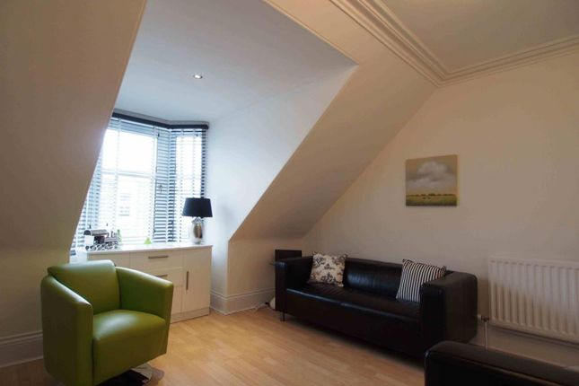 Lounge of Thistle Street, Aberdeen AB10
