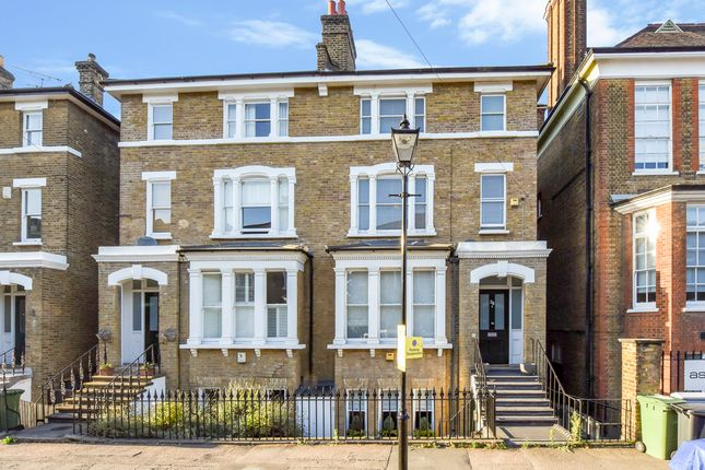 Thumbnail Triplex to rent in Wemyss Road, Blackheath, London