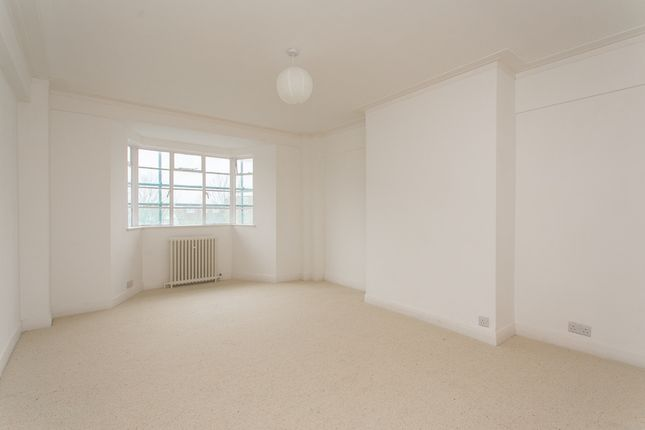 Thumbnail Flat to rent in Corner Fielde, Streatham Hill, London