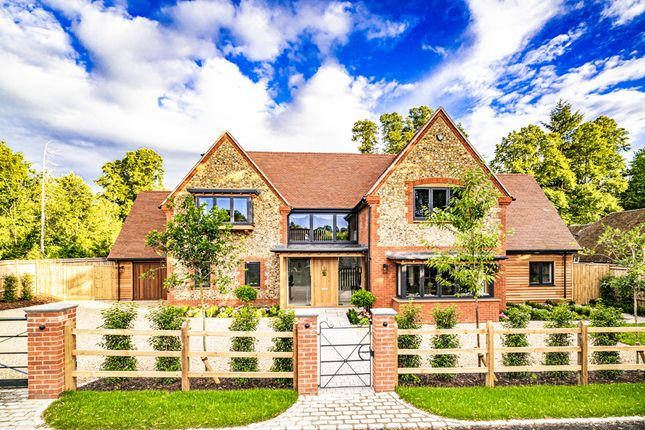 Thumbnail Detached house for sale in Linwood, Goring On Thames