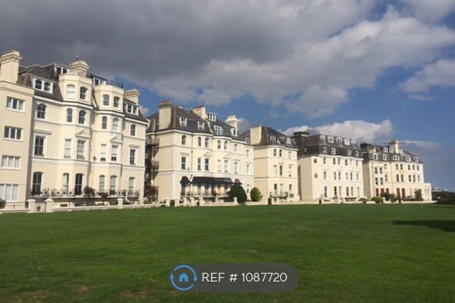 2 bed flat to rent in Clifton Crescent, Folkestone CT20