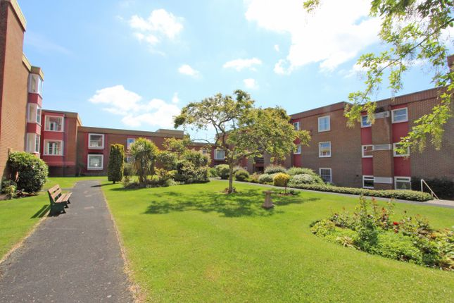 Thumbnail Flat for sale in Mannamead Court, Mannamead, Plymouth