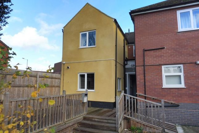 Thumbnail Flat to rent in Sutton Road, Kidderminster