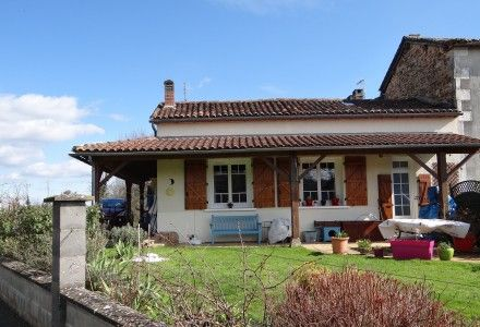 4 bed property for sale in Orgedeuil, Charente, France