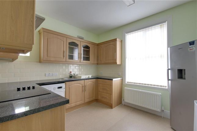 Thumbnail Shared accommodation to rent in Southfield Road, Middlesbrough