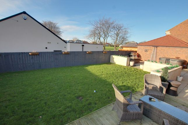 Thumbnail Detached house for sale in Sunniside Leigh, Sunderland