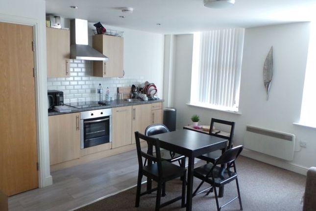 Lounge of 2630, Sunbridge Road, Bradford BD1