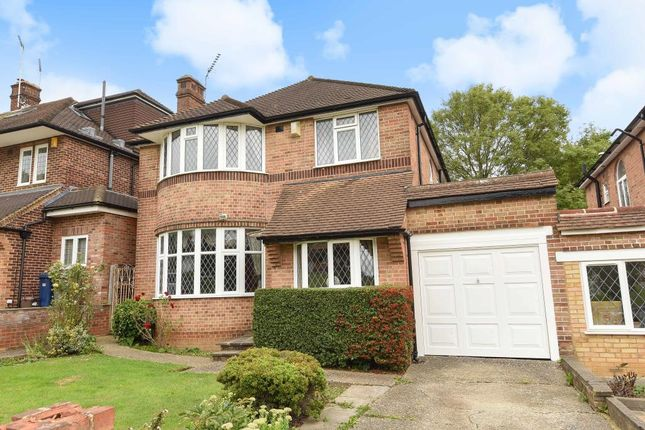 Thumbnail Detached house for sale in Chiddingfold, Woodside Park