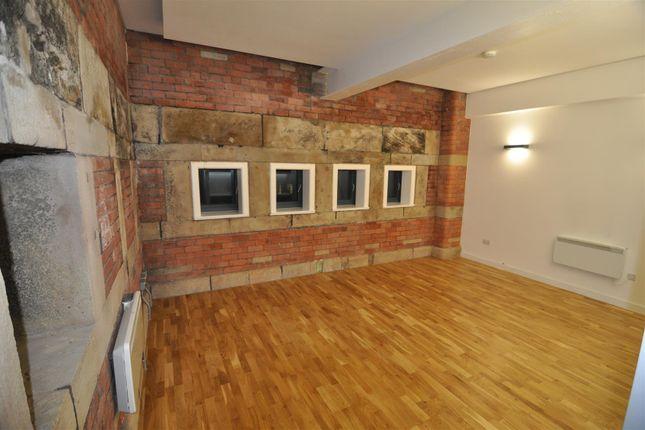 Thumbnail Flat to rent in The Velvet Mill, Lilycroft Road, Bradford