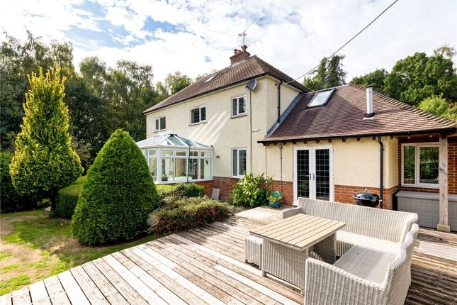 Thumbnail Detached house to rent in Echo Barn Lane, Wrecclesham, Farnham