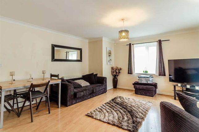 Thumbnail 2 bed flat for sale in Windermere Avenue, Purfleet, Purfleet