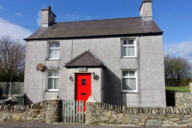 Detached house to rent in Rhosgoch