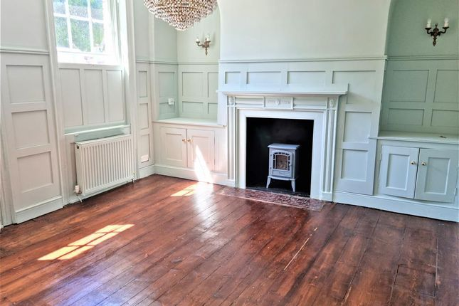 5 bed terraced house to rent in Union Place, Wisbech PE13