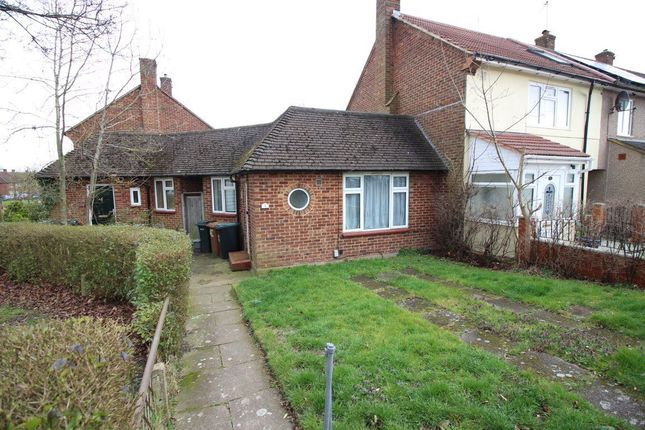 Thumbnail Bungalow to rent in Harrogate Road, Watford