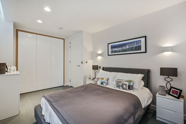 8B7d9776-7dc1-4547-Baa4-42Db8E67B8Bbcabsre - Flat C01.01 Sidworth Street, E8 3Sd . Bedroom 3. View 1. 1