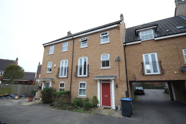 Thumbnail Town house to rent in Spellow Close, Rugby