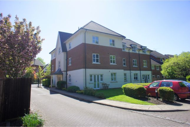 Thumbnail Flat for sale in 108 Gordon Road, Camberley
