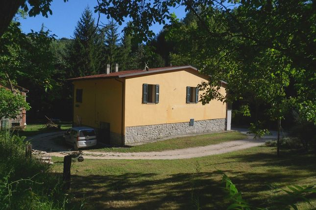 4 bed country house for sale in Via Buffadosso, Fontanelice, Bologna, Emilia-Romagna, Italy