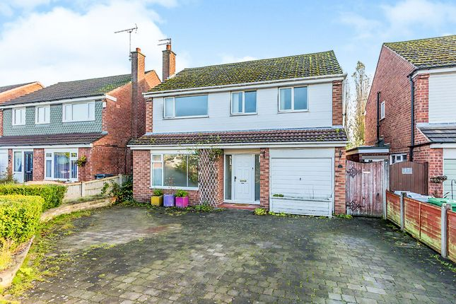 Thumbnail Detached house for sale in Alumbrook Avenue, Holmes Chapel, Crewe, Cheshire