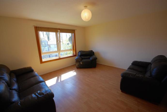 Thumbnail Flat to rent in Canon Lynch Court, Dunfermline