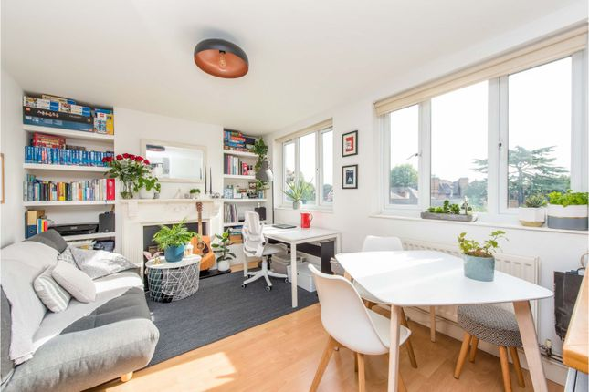 1 bed flat for sale in Tower Road, Twickenham TW1