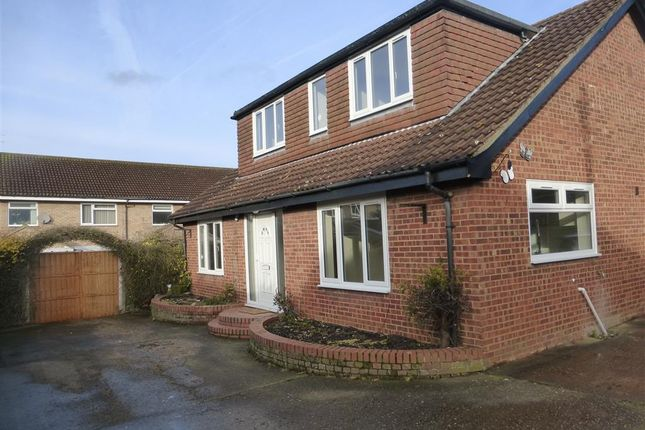 Thumbnail Property to rent in Albert Place, Houghton Conquest, Bedford