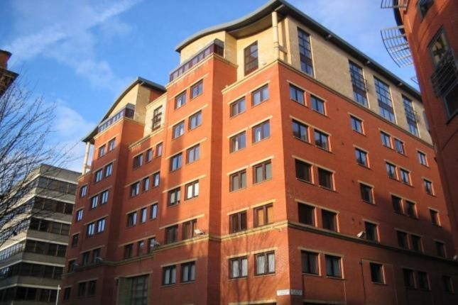 Thumbnail Flat to rent in Dickinson Street, Manchester