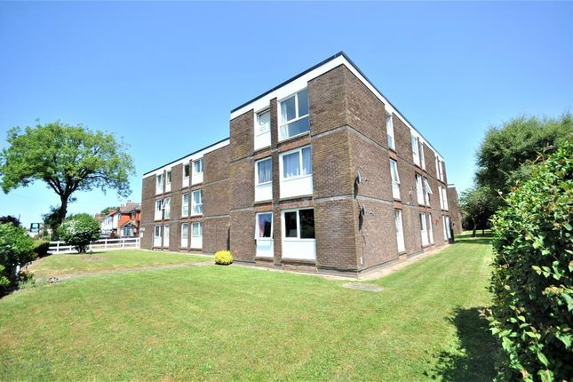 Thumbnail Flat to rent in Charlesway Court, Lea, Preston, Lancashire