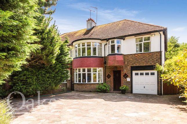 Thumbnail Detached house to rent in Addington Road, Selsdon, South Croydon