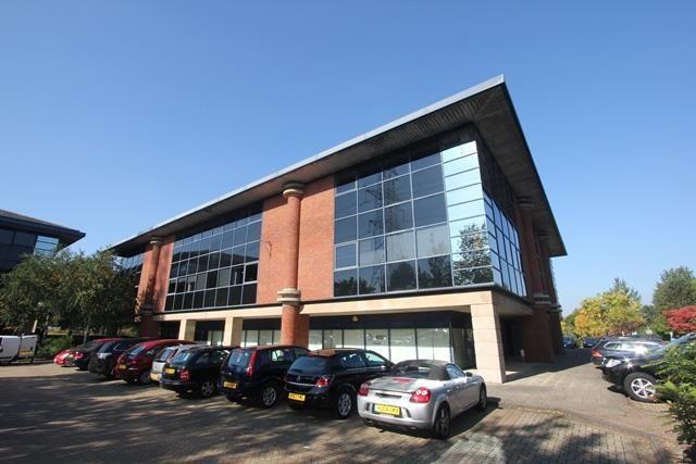 Thumbnail Retail premises to let in Shop /Office, The Solent Centre, 3600, Parkway, Whiteley, Fareham