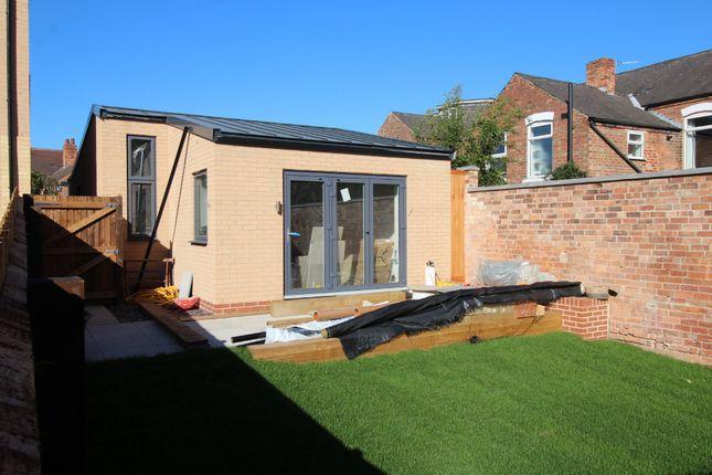 Thumbnail Detached bungalow for sale in West Avenue, West Bridgford, Nottingham