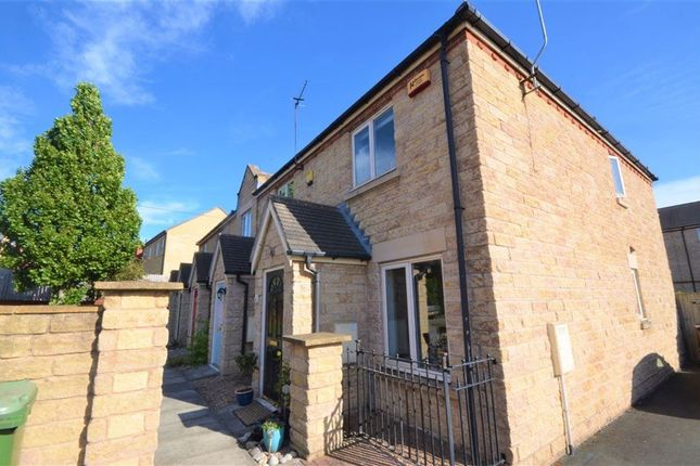 2 bed terraced house to rent in Hayfield Way, Ackworth, Pontefract WF7