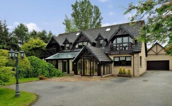 Thumbnail Detached house for sale in Raemoir Road, Banchory