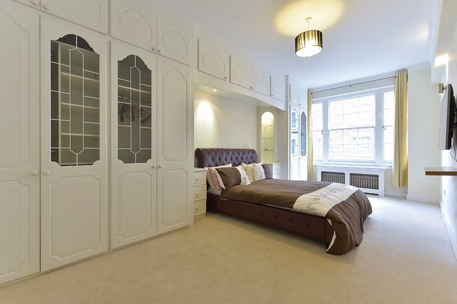 3 bed flat for sale in Bryanston Court II, London W1H